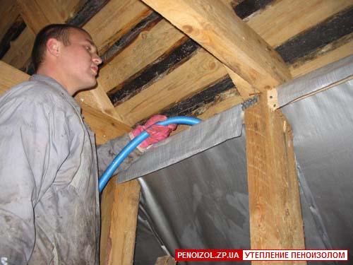 При строительстве деревянных домов стены делают из бревен, бруса или каркасными с утеплением минераловатными...